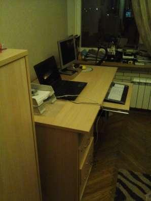 Продам письменный стол дешево