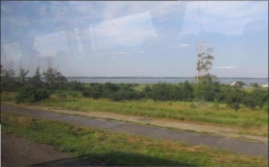 Продаю земельный участок, с выходом на озеро в Екатеринбурге Фото 3