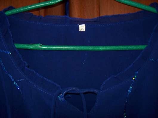 Шифоновая блузка 46-48  размер