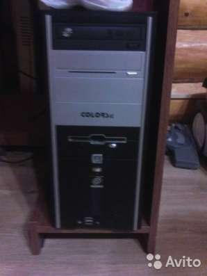 Компьютер, компьютерный стол