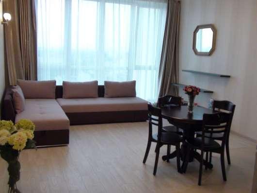 Продам студия+спаня со свежим ремонтом и дорогой мебелью