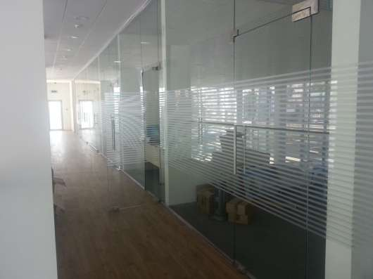 Стеклянные, каркасные, офисные перегородки