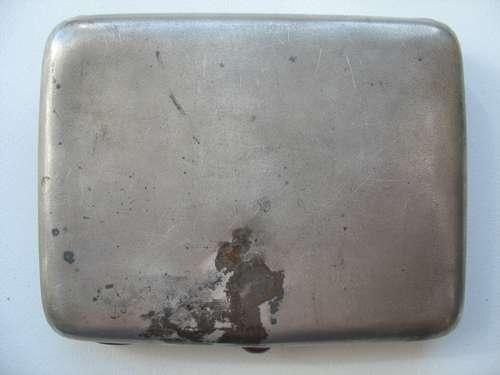 Продам портсигар старинный. Серебро 875.Кони