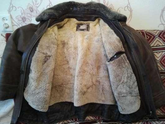 Продам кожаная мужскую куртку