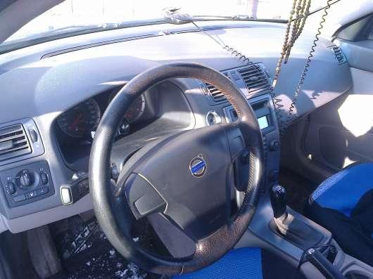 Продам автомобиль VOLVO S40 2006 и 2008 г. в. по запчастям