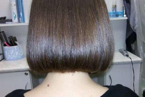 услуги парикмахера и специалиста по маникюру