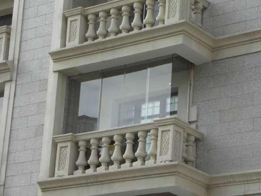 Безрамное остекление балконов, террас, беседок в Омске Фото 5