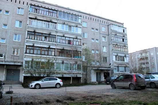 Чермет, Симферопольская, 37, 2-к. квартира 52 м2
