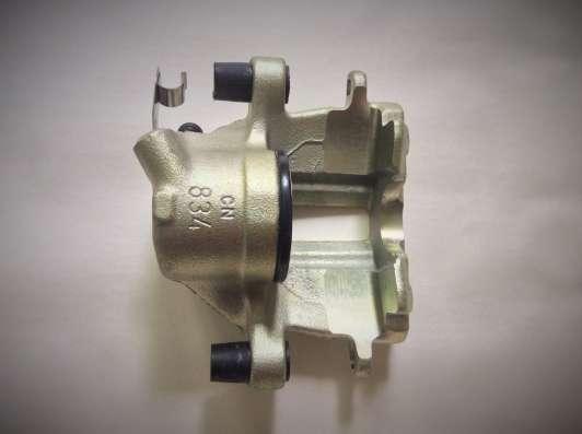 Суппорт тормозной BHW299 Lucas AUDI 80/90/100