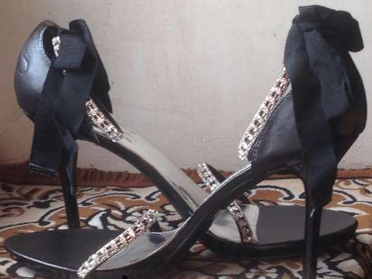Կոշիկներ բերված ԱՄՆ-ից