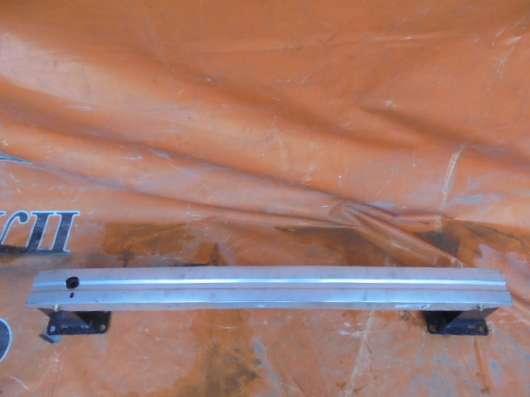 Усилитель бампера на Citroen C4 2013г