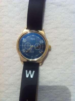 Продам мужские часы