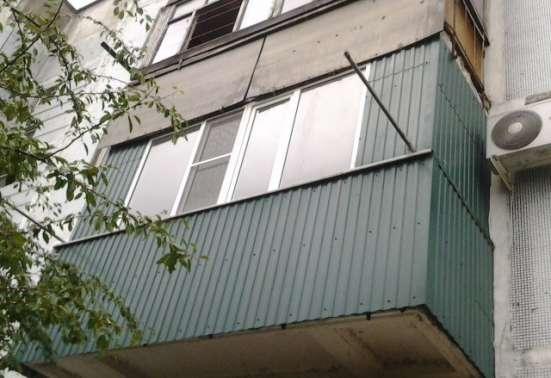 В Кропоткине по ул.С.Лазо 3-комнатная квартира 69 кв.м. 2/5