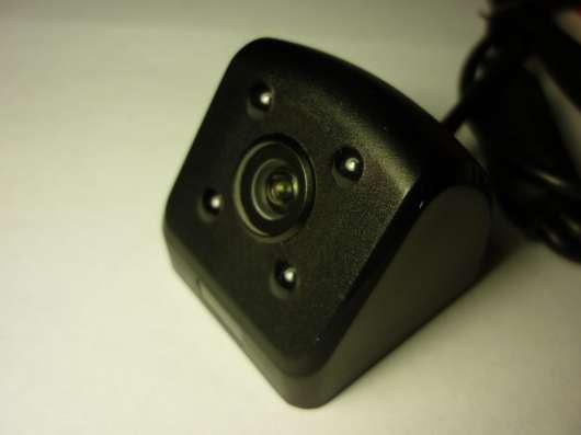 Камера заднего вида 4ик + 2 кронштейна
