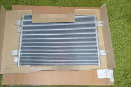Продам радиатор кондиционера Renault Megane
