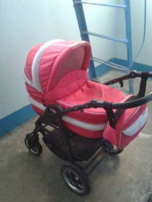 детскую коляску Anmar