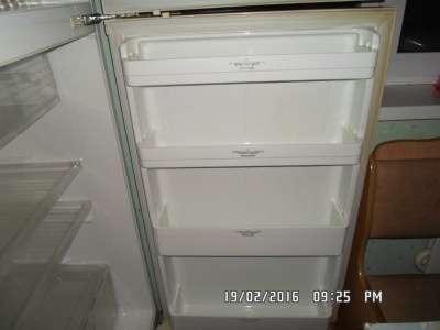 холодильник elekta ER-3514 двухкамерный