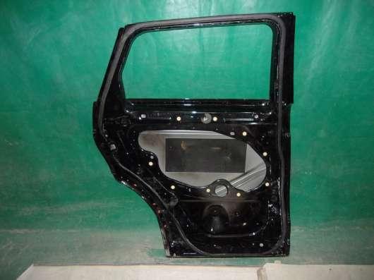 Задняя левая дверь на Range Rover Evoque(13-н. в.)