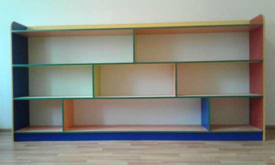 Детская цветная стенка для игрушек, детск унитаз и раковина