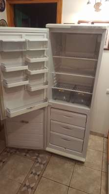 Холодильник Атлант, 130 рублей