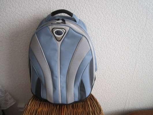 Рюкзак с ортопедической спинкой, из Германии, новый