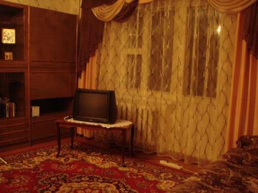 1-комнатная квартира на сутки, недели возле ВГТУ