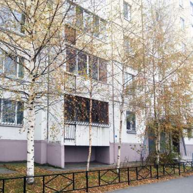 Трехкомнатная квартира 90 кв. м на Комендантском проспекте в Санкт-Петербурге Фото 4