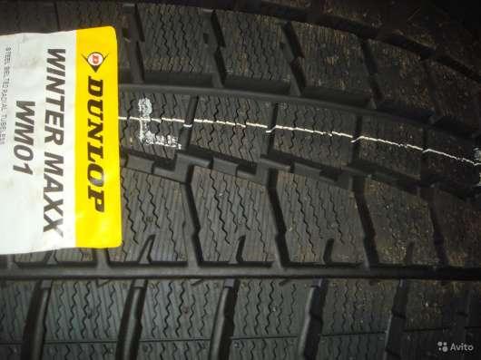 Новые зимние Dunlop 225 55 R18 Winter Maxx WM01 в Москве Фото 2