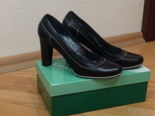 Продам туфли женские. Размер 39