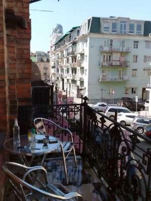 Батуми на улице Кутаиси, посуточно здаётся 2-ух комнатная кв