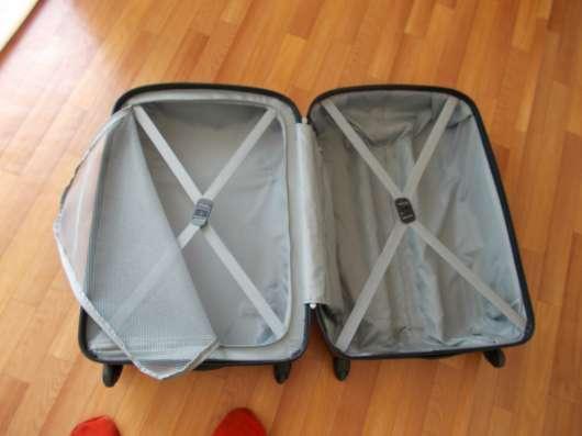 Продам чемодан в Красноярске Фото 1
