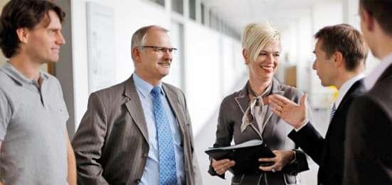 Менеджер -консультант в офис