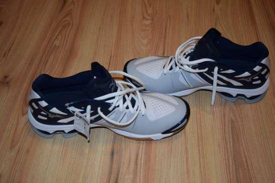 Новые профессиональные кроссовки mizuno