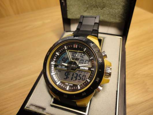 Мужские водонепроницаемые наручные часы Skmei Shark 1016