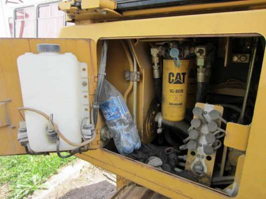 Бульдозер CAT D3, 2005 г., 8 т, 4400 м/ч