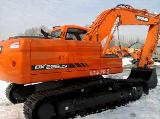 Гусеничный экскаватор Doosan DX225LCA новый в наличии!