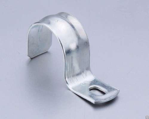 Скоба металлическая однолапковая 25-26 мм