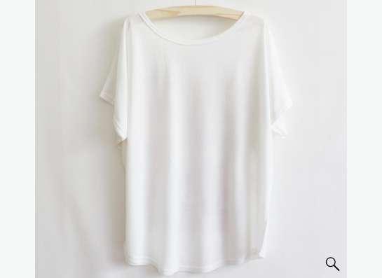 футболка белая с рисунком в Санкт-Петербурге Фото 1