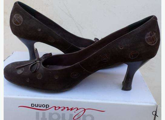 туфли с рисунком горох